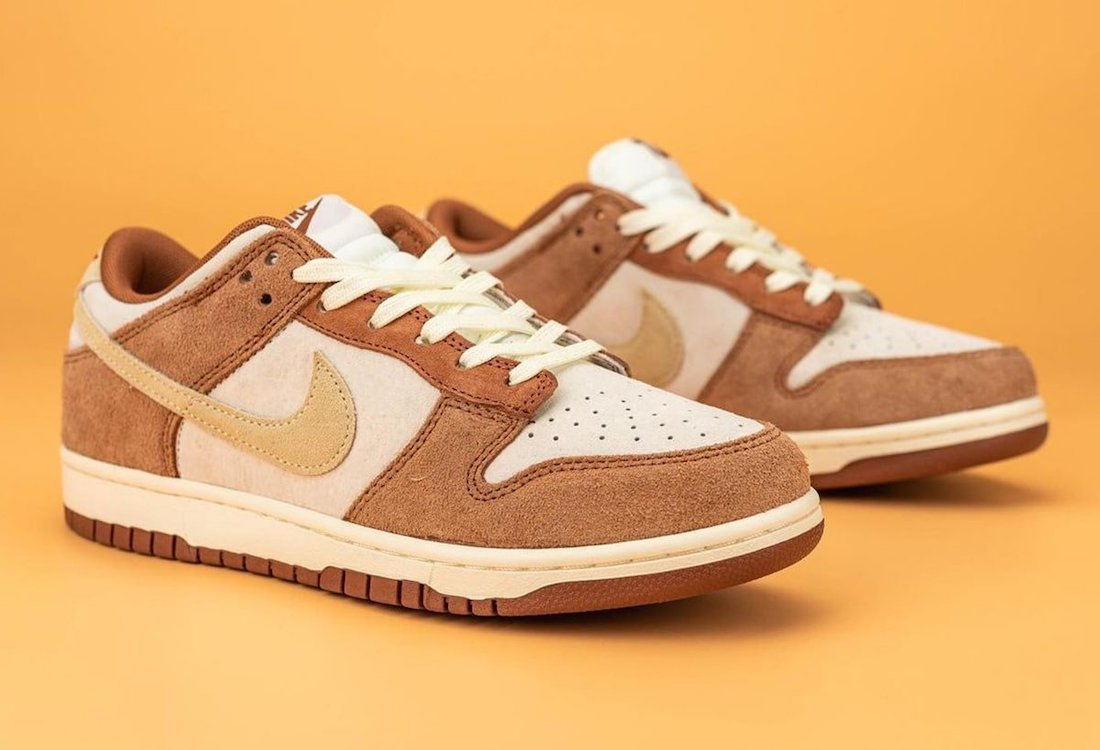 "Nike Dunk Low PRM ""Medium Curry"""