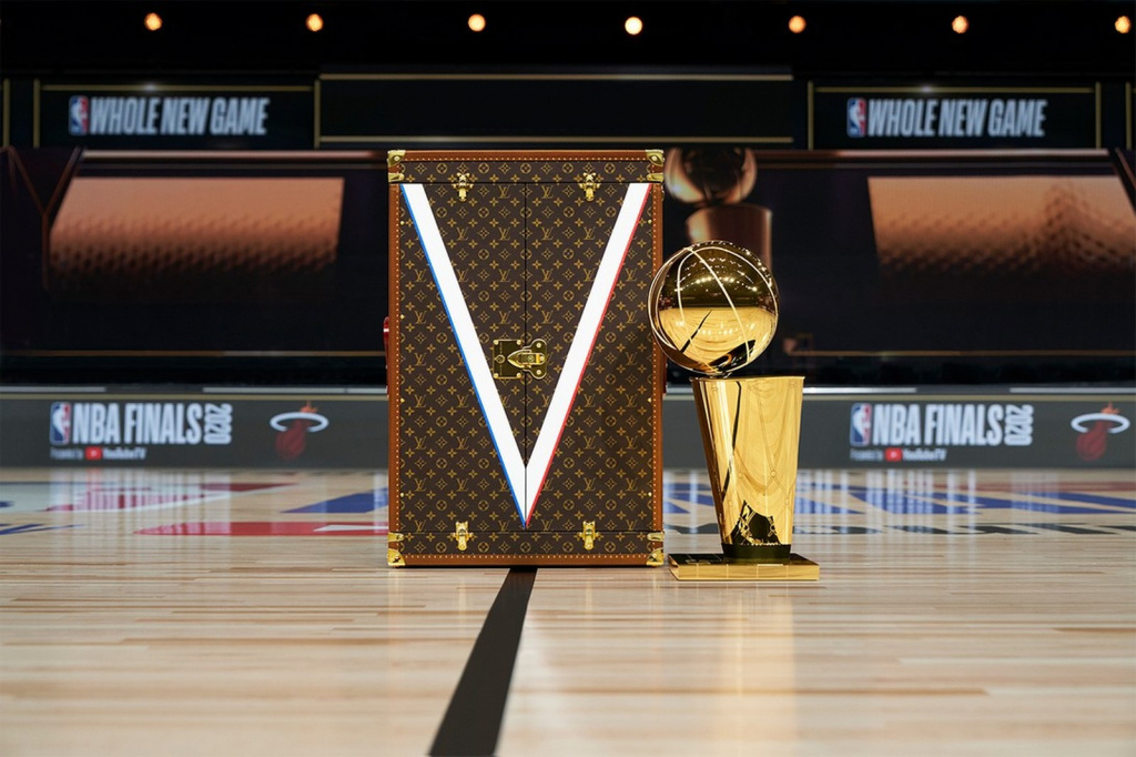 louis-vuitton-nba-capsule-trophy-case-2.jpg